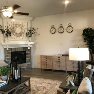 Model Home Sale - Sonoma Verde - Family2